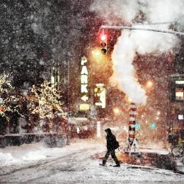 Christopher Jacrot 下雪的城市