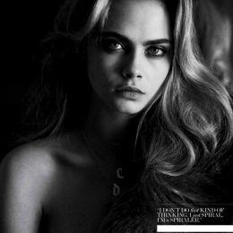 Cara Delevingne 黑白摄影欣赏