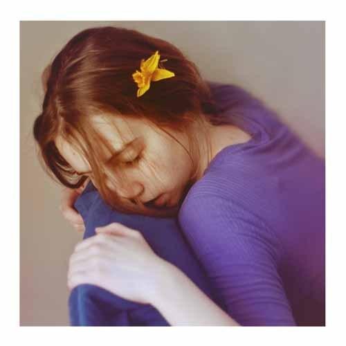 Aleksandra 朦胧而情绪化的肖像摄影