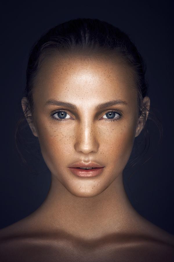 Vanessa Cruz 精致的面孔