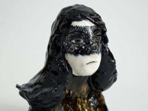 Klara Kristalova 细腻的概念雕塑