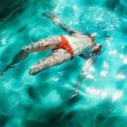 Sarah Harvey 水中舞