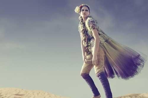 时尚摄影欣赏《Desert Flower》