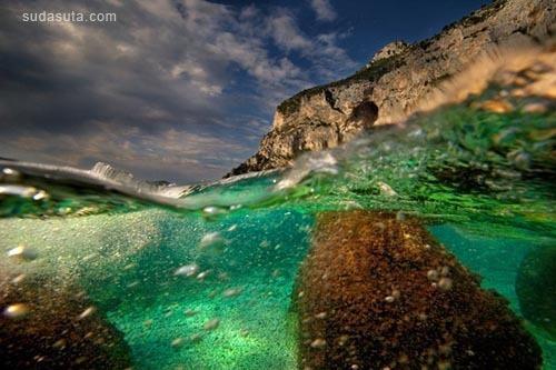 来自Alessandro Catuogno的天空与水面