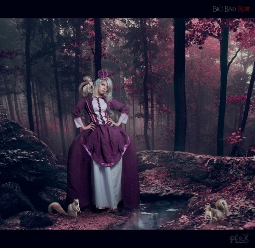 Big Bad Red Riding Hood 摄影作品欣赏