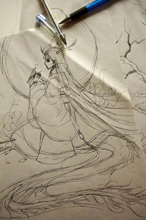我习惯用水性笔起草图,因为我的画几乎全部都是A3尺寸的,所以在A3的草稿纸纸上草图