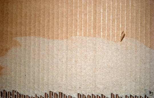 Cardboard Exposed Bottom<br /> http://www.flickr.com/photos/31288116@N02/3065645695/
