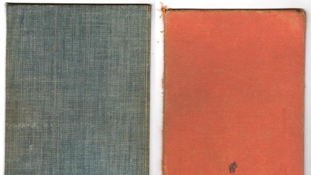 Vintage Books出版社(19纹理)<br /> http://lostandtaken.com/blog/2011/1/7/19-vintage-book-texture-elements.html