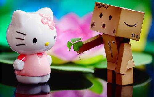 Danbo爱Kitty<br /> 原始分辨率:1280×800像素<br /> http://abstract.desktopnexus.com/wallpaper/1094872/