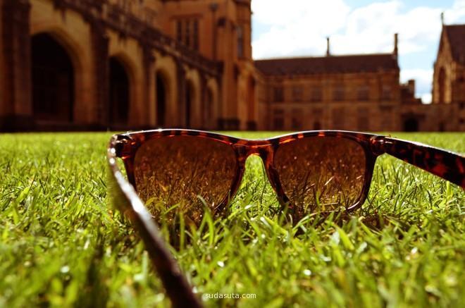 sun goggles on the groud.