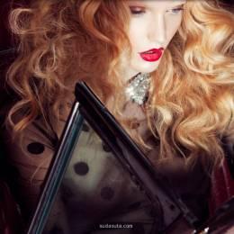 时尚摄影欣赏《Emma Menteath》