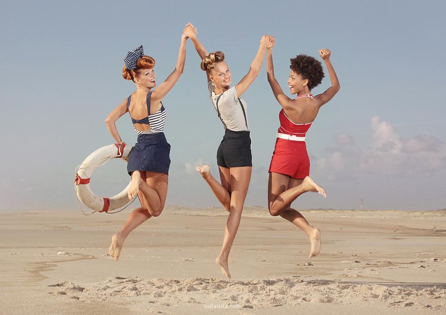 Ana Dias 复古夏季泳装广告摄影