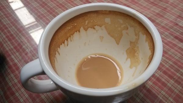 初上先生 咖啡渍的联想