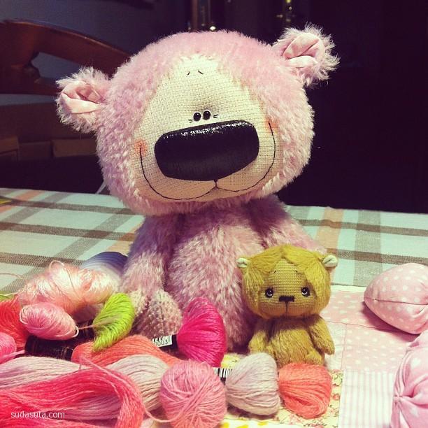 Julia Ovtsyna 我有一个大鼻子 手工玩具熊