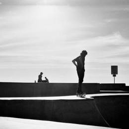 Ashly Stohl 黑白摄影欣赏 运动滑板