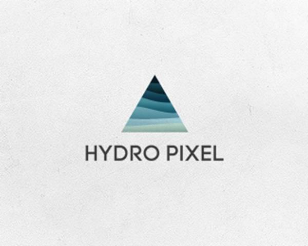Triangles logo16
