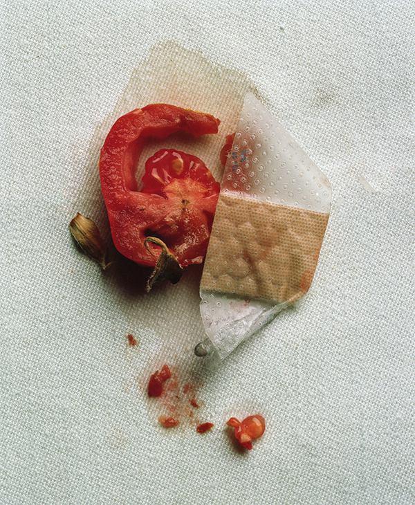 Madison Carroll 令人不安的静物摄影欣赏 - 苏打苏塔设计量贩铺 – sudasuta.com – 每日分享创意灵感!