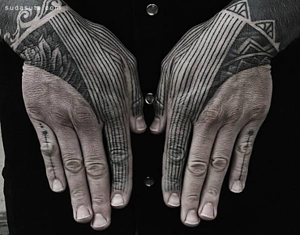 Symmetrical Tattoo (5)
