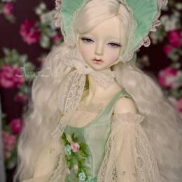 ayuana 复古诡异的关节娃娃设计欣赏