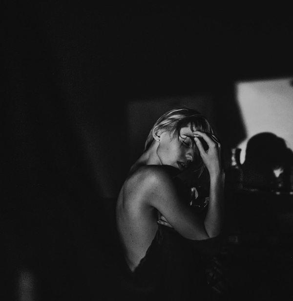 MartaSyrko 寂寞而安静 人像摄影欣赏