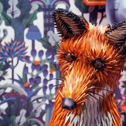 Zim & Zou 纸张的艺术 橱窗内的狐狸