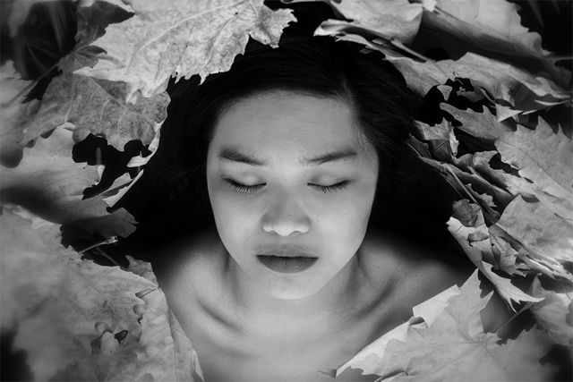 Elizabeth Rovit 青春黑白人像摄影欣赏