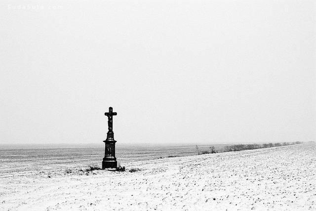 极简主义冬季自然雪景摄影欣赏