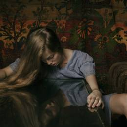 Laura Stevens 超现实主义人像摄影欣赏