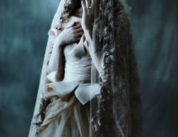 Emily Soto 神秘暧昧的时尚摄影欣赏