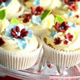 美食摄影欣赏 甜美可爱的翻糖蛋糕