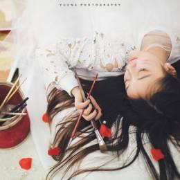 女摄影师Yuuna《精灵画室》