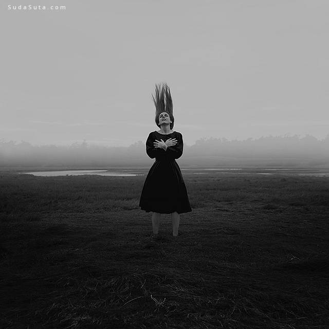 Samantha Labrecque 超现实主义概念摄影欣赏 - 苏打苏塔设计量贩铺 – sudasuta.com – 每日分享创意灵感!