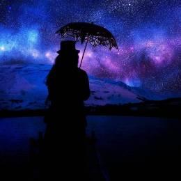 在广袤的空间和无限的时间中,能与你共享同一颗星球和同一段时光,是我的荣幸。