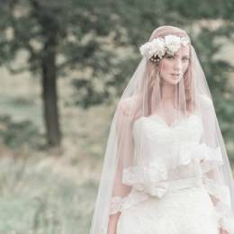 Enchanted Atelier 时尚婚纱摄影欣赏