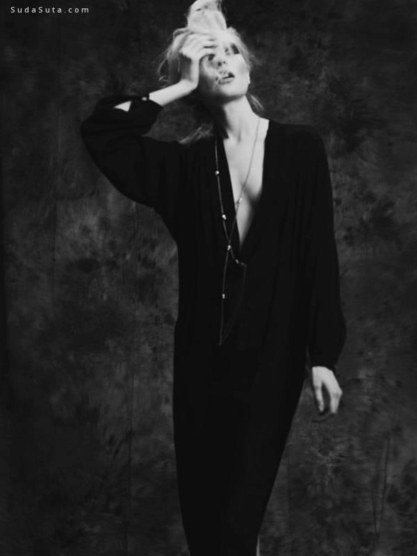 Igor Oussenko 黑白时尚摄影欣赏