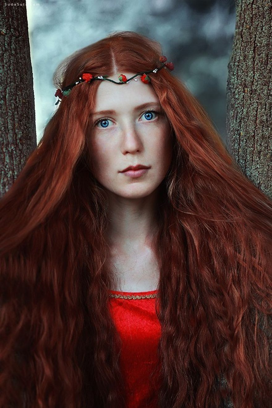Helena Polansky 魔法女生