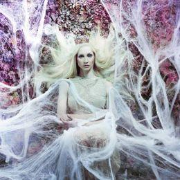 Daniela Majic 时尚摄影《秘密花园》