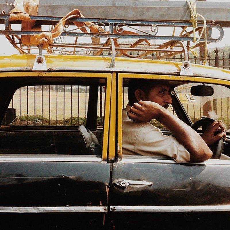 Dato Koridze 带上手机去旅行