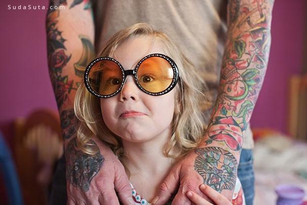 刺青和可爱的家庭摄影欣赏