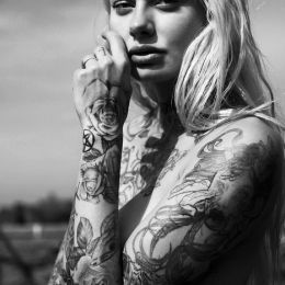 Dana Scruggs 纹身与少女 青春摄影欣赏