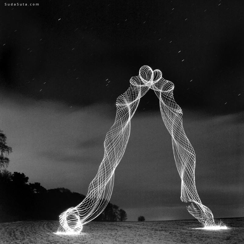Martin Kimbell 装置设计欣赏 光线龙卷风