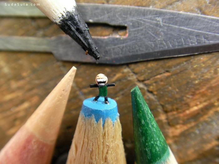 Tom Lynall 铅笔尖上面的迷你艺术