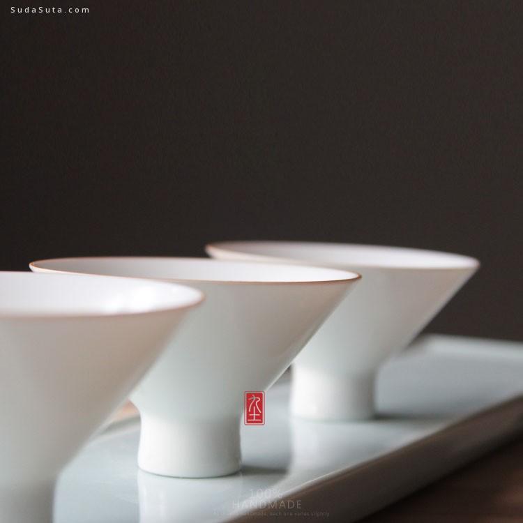 九土台灣設計師的陶 我在那里,静静地