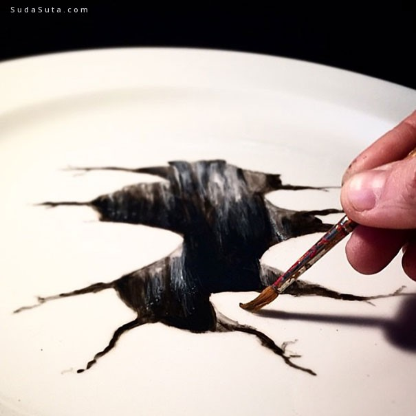 Jacqueline Poirier 的手绘盘子