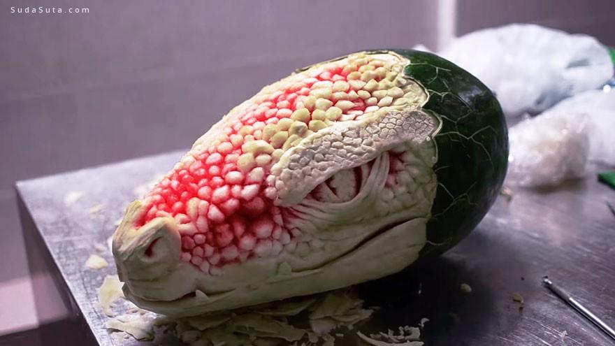 Valeriano Fatica 西瓜与巨龙 美食雕塑设计欣赏
