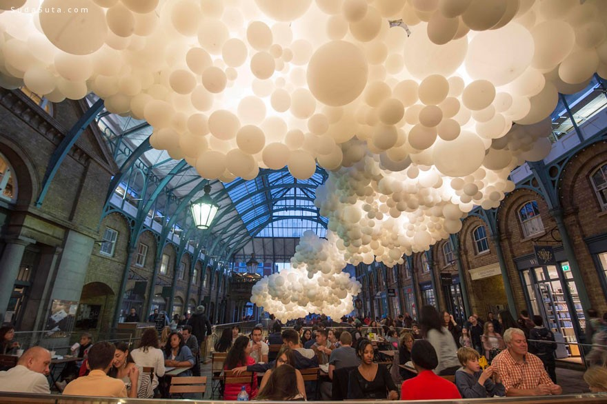 Charles Pétillon 装置设计欣赏-白色气球