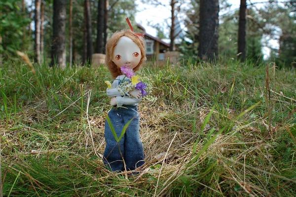 Tora Verohova 可爱的街角娃娃