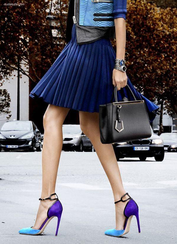时尚闪亮的高跟鞋