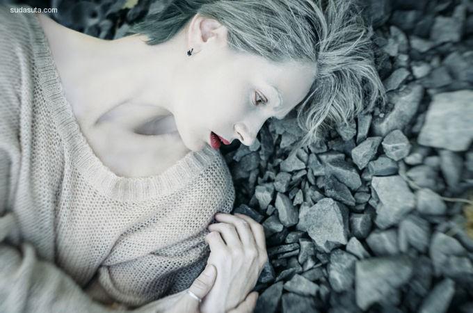 Inna Mosina 超现实主义人像摄影欣赏
