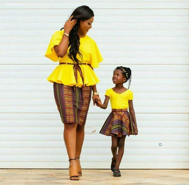 家庭摄影欣赏 漂亮妈妈和乖巧女儿